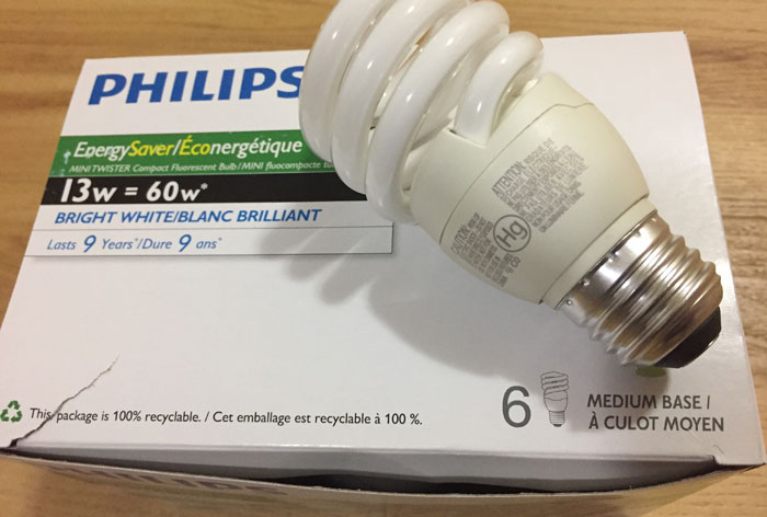 6 Philips 13w compact fluorescent bulbs